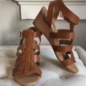 Franco Sarto leather wedge in caramel color. Sz8.5